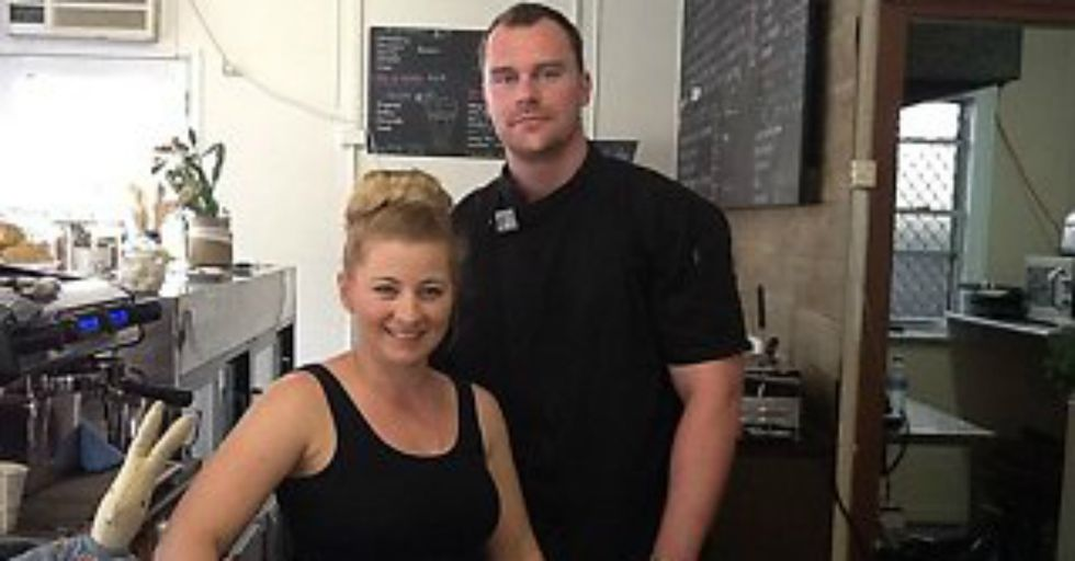 Cafe Owner Stands Up for Breastfeeding Women