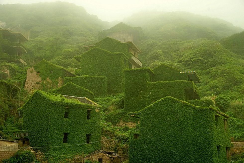 Watch as Nature Slowly Reclaims an Abandoned Chinese Village