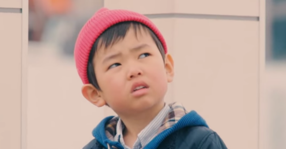 How These Kids React To Strangers Dropping Their Wallets Will Leave You Smiling