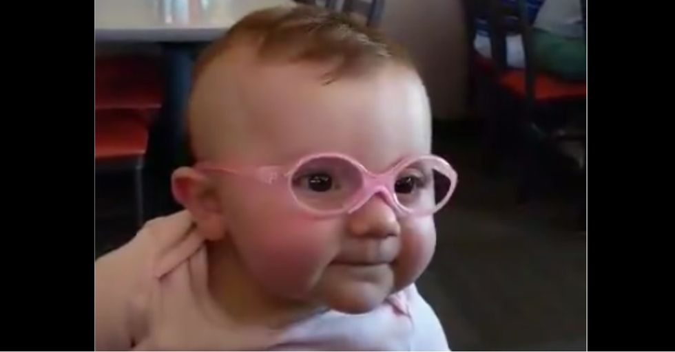 This Is What Happens When A Baby Sees The World Clearly For The First Time
