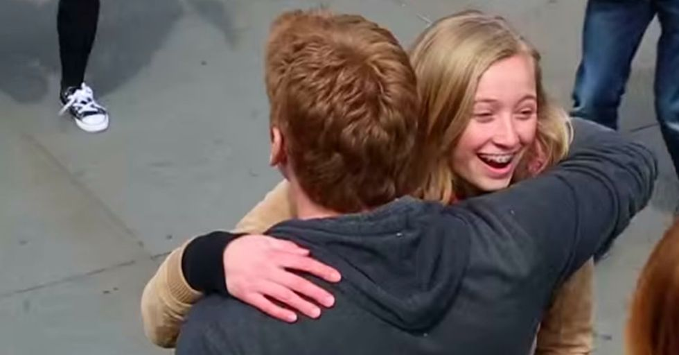 People Accepted His Offer For a Free Hug and Got Way More Than They Expected