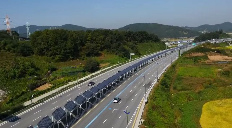 Eco-Minded Urban Planners Create a Bike Path Protected by Solar Panels in South Korea