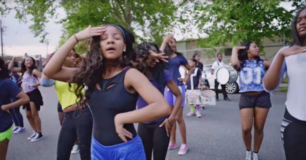New Jersey Dance Team Helps Teens Graduate