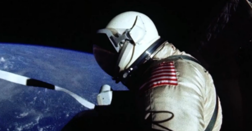 A Look at thePerspective-Altering Experience Often Described as the Overview Effect