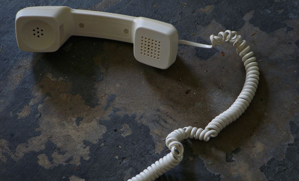 The Slow Extinction of the American Landline