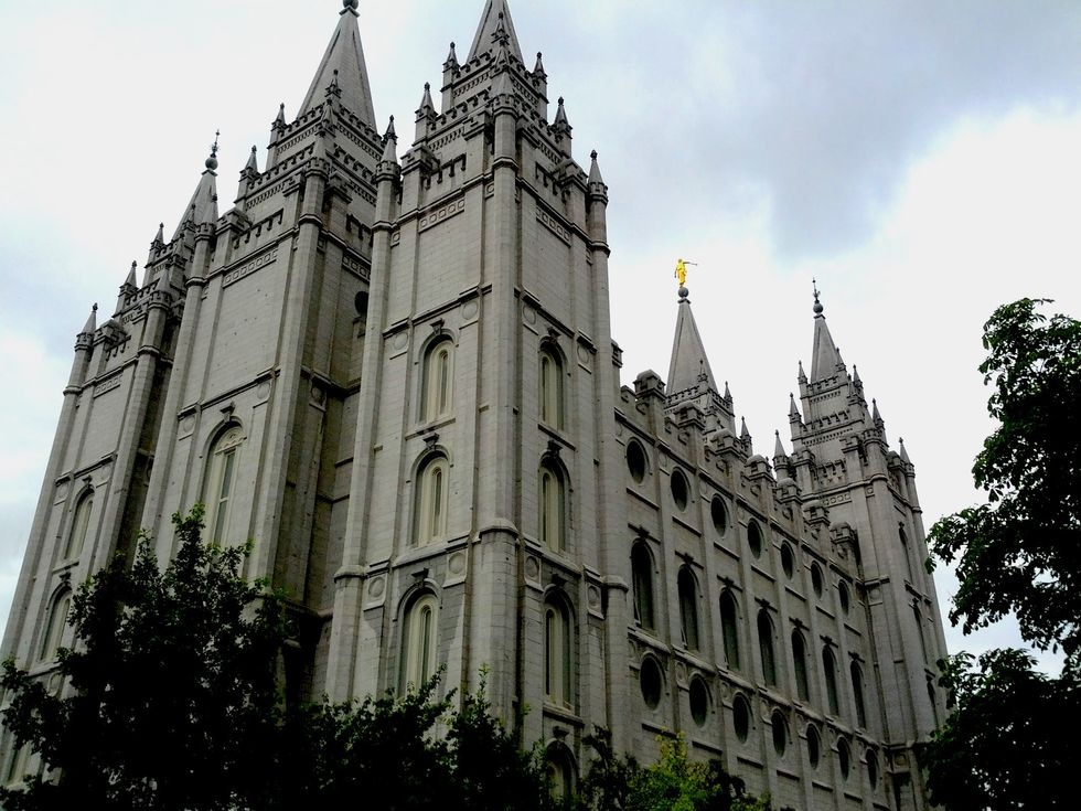Thousands Gather for Mass Public Resignation From Mormon Church Over New Anti-Gay Policy