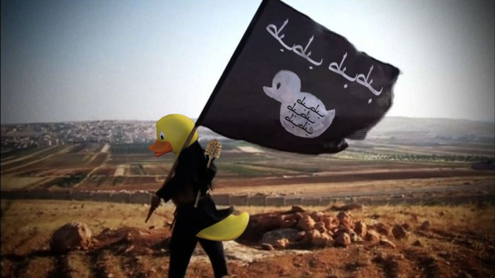 4Chan Trolls ISIS by Photoshopping Rubber Duckies Over All Their Propaganda Footage