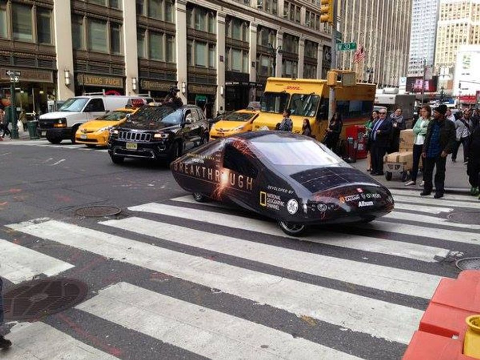 Watch This Solar Car Take to the Streets of Manhattan