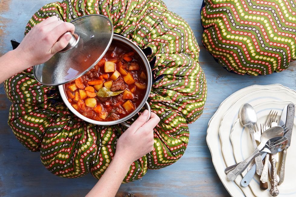 The Wonderbag Is the (Nearly) Emission-Free Slow Cooker of Your Dreams
