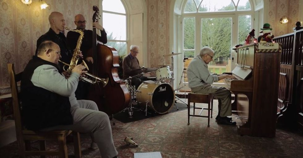95-Year-Old Man With Dementia Gets His Wish to Jam Again