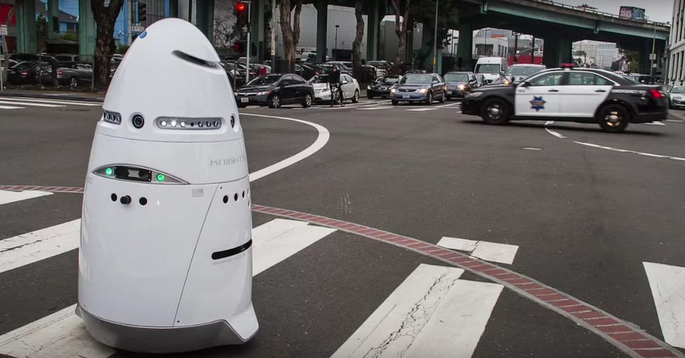 Robot Security Guards Are Patrolling Silicon Valley, Collecting Data
