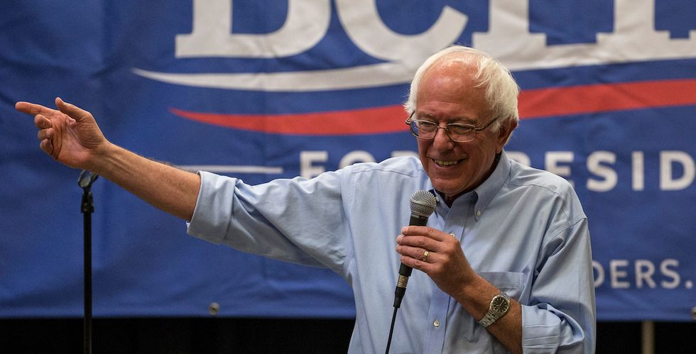 Bernie Sanders Recruits Teenage Voters for Iowa Caucus With 'Prove Them Wrong' Campaign