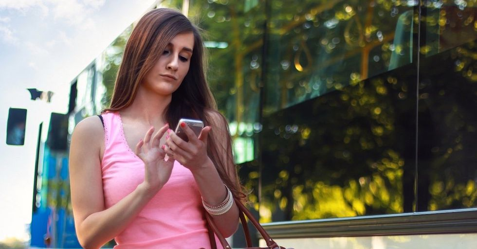 Should Distracted Walking Be Illegal?