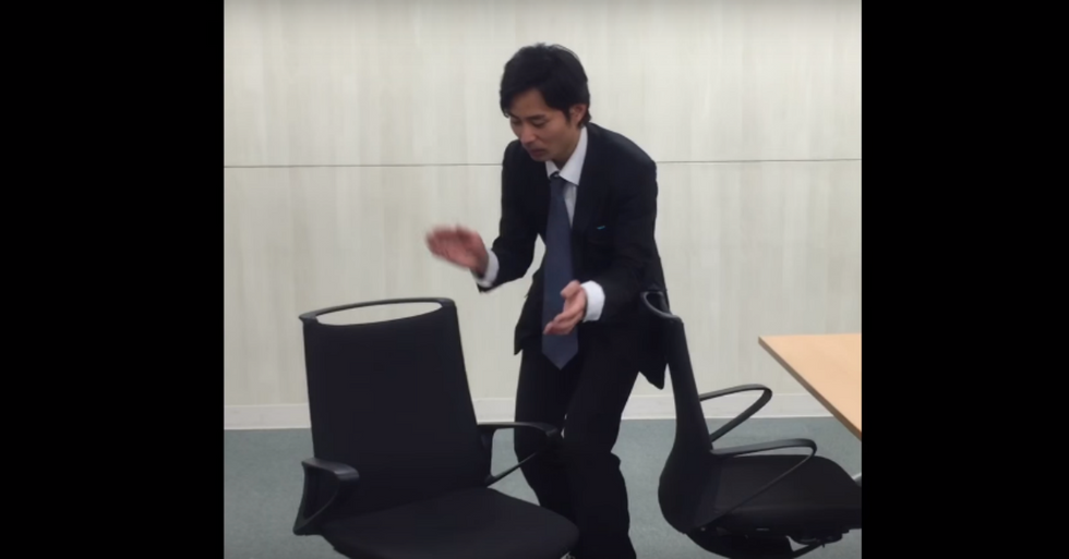 Japan Wows the World With the Self-Parking Chair