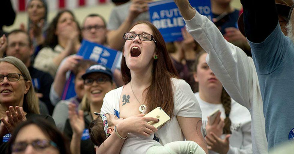 Bernie Sanders Thanks Mom for Breastfeedingat His Rally