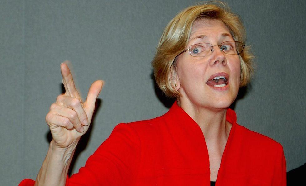 'A Loser'—Elizabeth Warren Goes Off on Trump in Twitter Rant