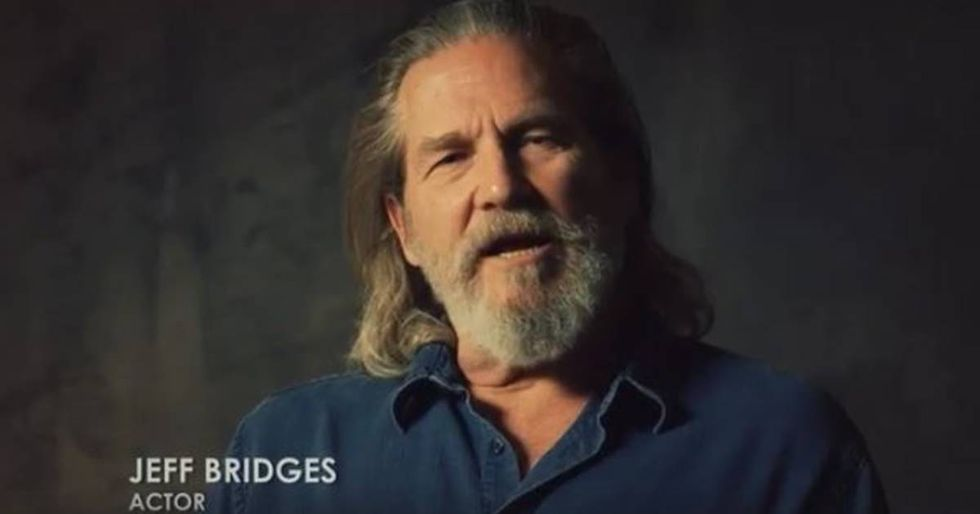 Jeff Bridges Joins the Plastic Pollution Coalition to Help the Enviornment