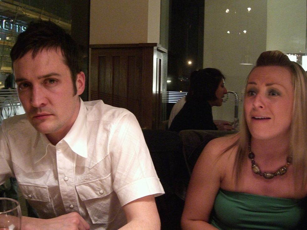 UK Bar Has Exit Strategy for Patrons Suffering Through Bad Tinder Dates