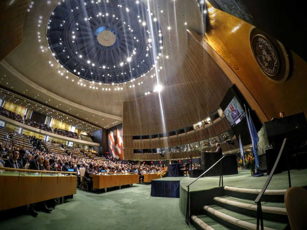 175 Countries Sign On To The Record ShatteringParis Agreement