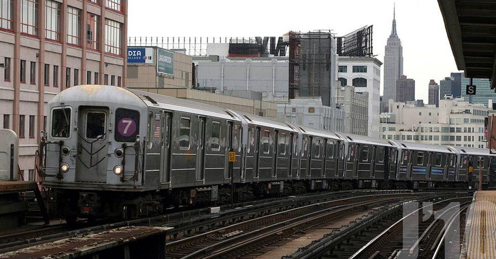 Subway Riders Stand Up To Anti-Muslim Bigot