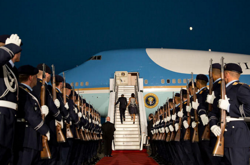 11 Incredible Photos of President Obama That Will Go Down In History