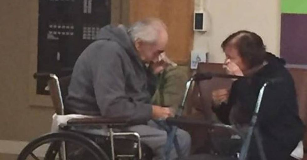 Granddaughter Hopes To Reunite Separated Grandparents By Sharing This Heartbreaking Photo