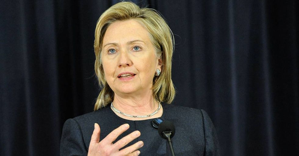 Ten Tweets That Perfectly Diagnose The Hillary Clinton Health Controversy