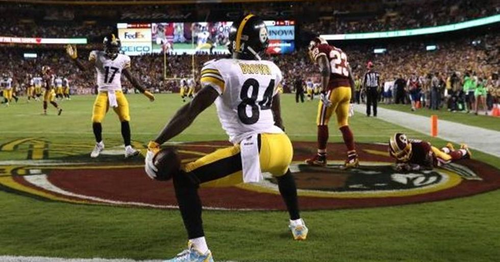 Steelers' Receiver Antonio Brown Fined For Twerking