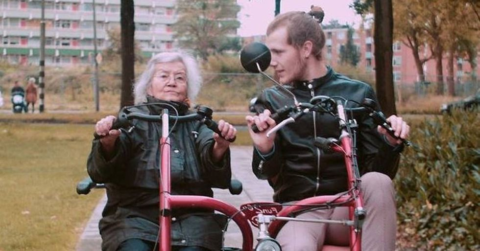 Dutch Students Live With The Elderly In Exchange For Free Boarding