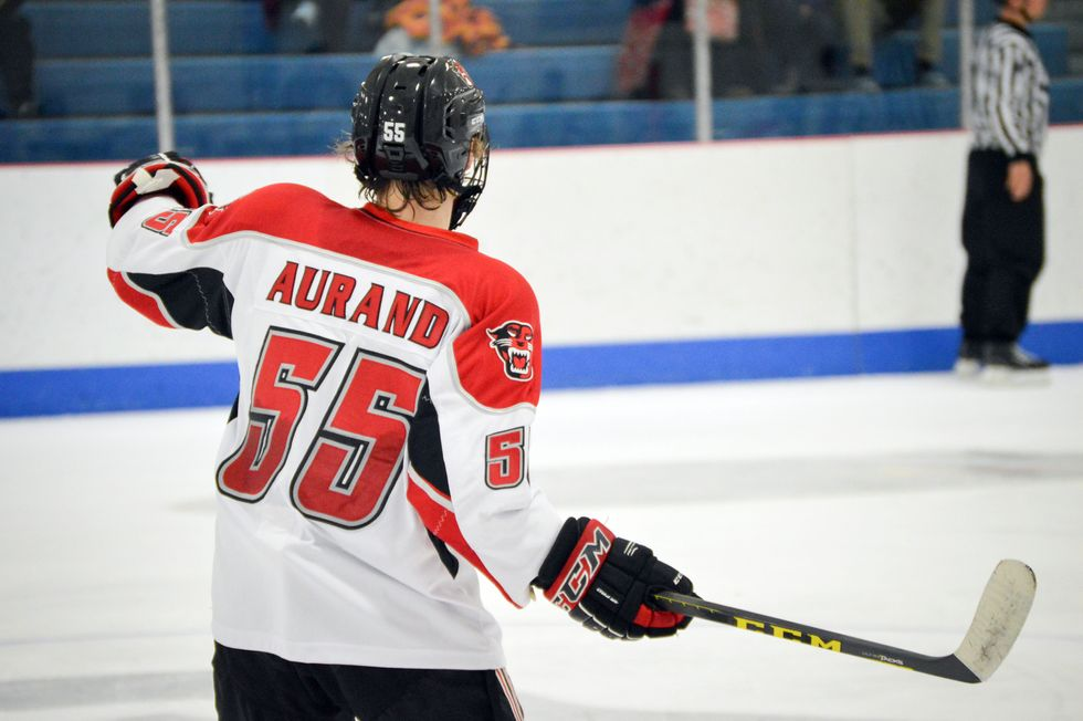 This College Hockey Team's Secret Weapon Is An Autistic Defenseman