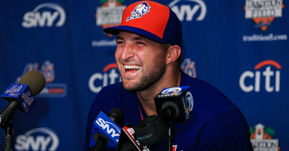 Tebow Homers On First Pitch As Baseball Pro