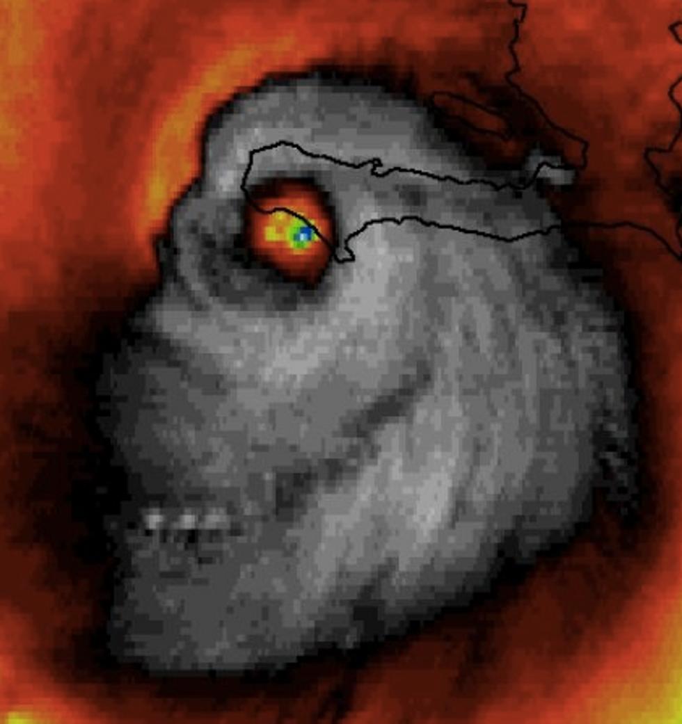 Sinister Photo Of Hurricane Matthew Lights Up Social Media