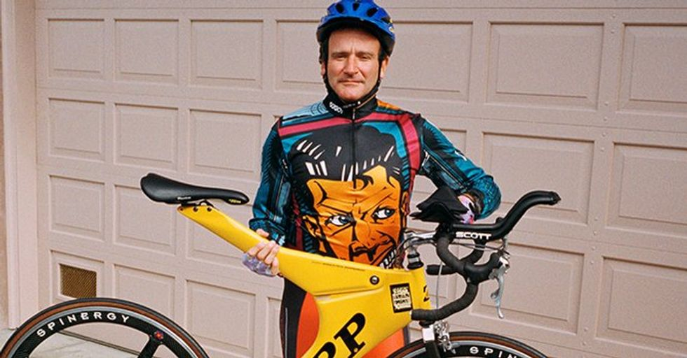 You Can Own a Piece of Robin Williams' Huge Bike Collection for Charity