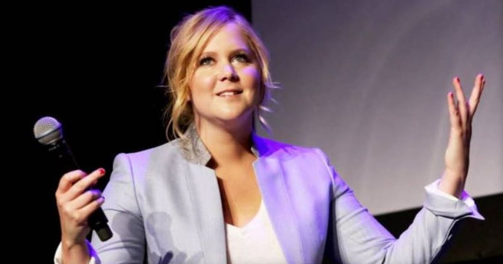200 Fans Walk Out On Amy Schumer During An Anti-Trump Rant