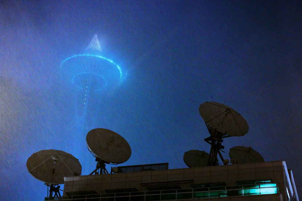 Mysterious Signals From Deep Space Lead To Astronomical Controversy