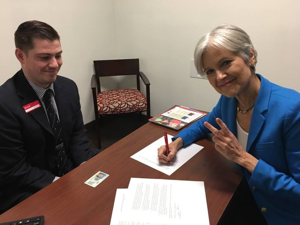Jill Stein Successfully Files For Recount In Wisconsin