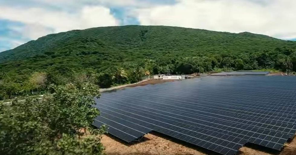 Tesla Powers An Entire Samoan Island With 100 Percent Solar Energy