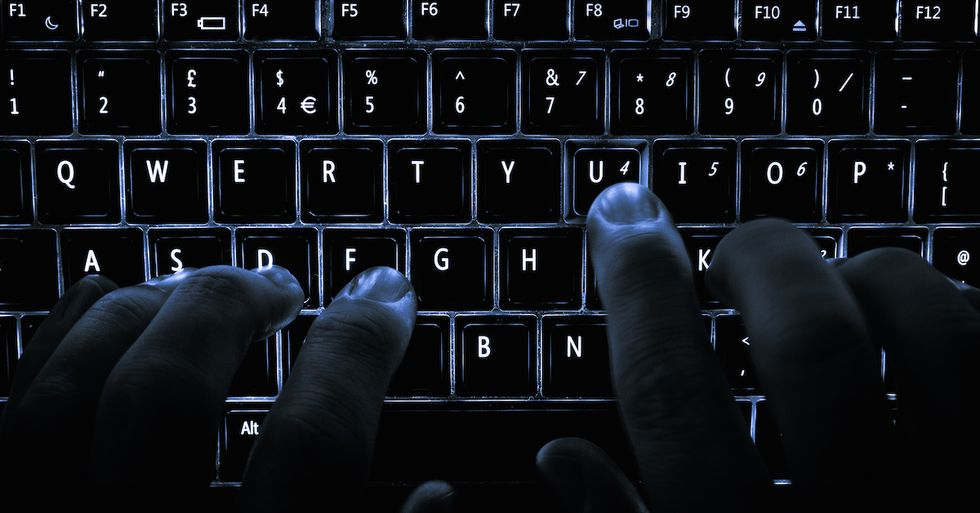 """What You Need To Know About The Government's Newly Expanded """"Hacking"""" Powers"""