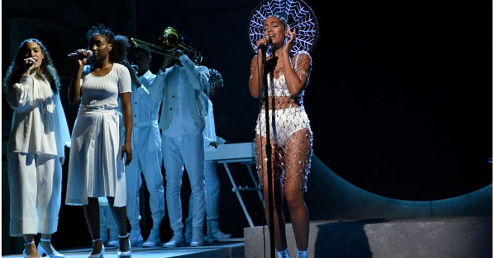 Solange Performs Live In Oakland Tonight For GOODFest