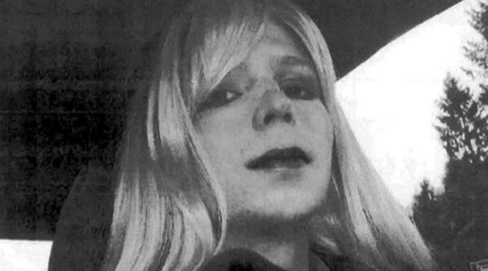 Obama Commutes Sentence Of Whistleblower Chelsea Manning