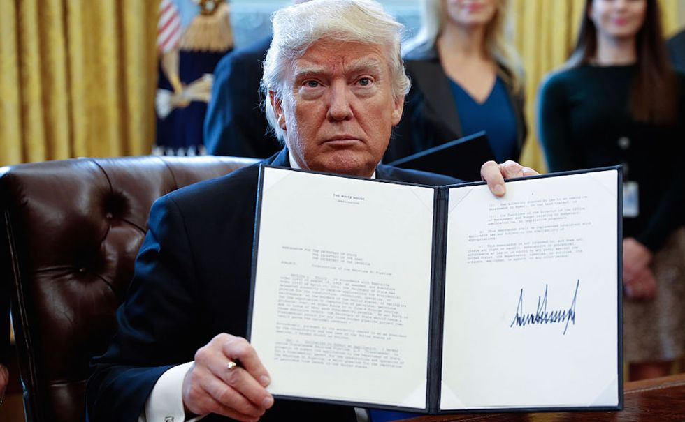 President Trump Signs Executive Order To Advance Dakota Pipeline Construction