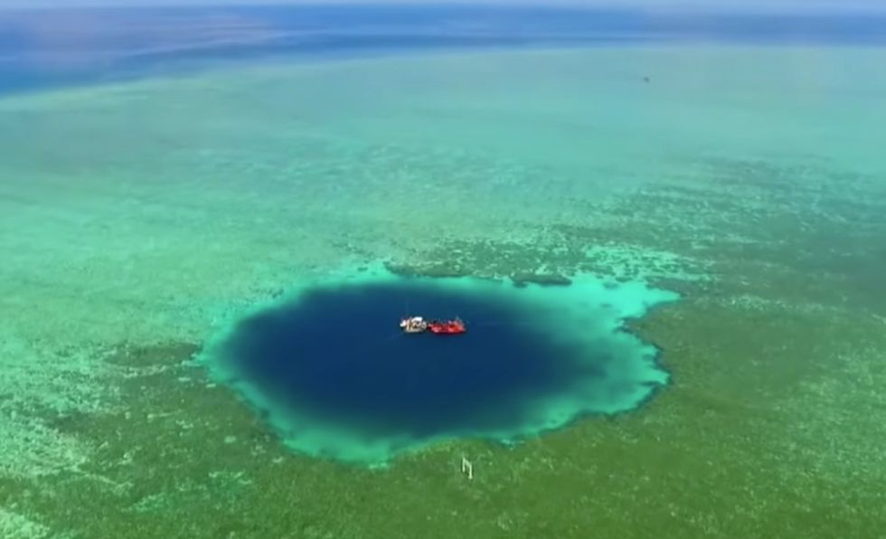 """The """"Dragon Hole"""" May Be The World's Deepest Blue Hole"""