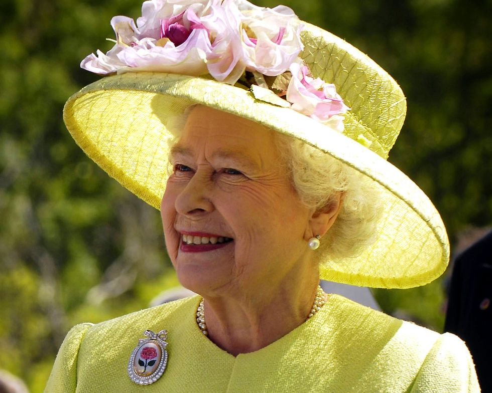"""The Queen Of England Put In """"Very Difficult Position"""" On Trump's State Visit"""