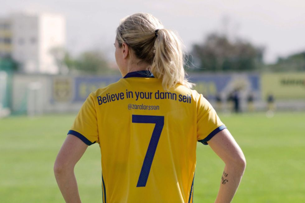Sweden's Women'sSoccer Team Replace Names With Motivational Messages On Shirts
