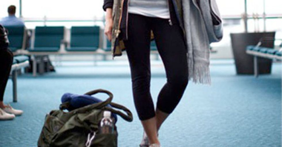 United Airlines Bans Passengers Wearing Leggings, Setting Off A Firestorm Of Controversy