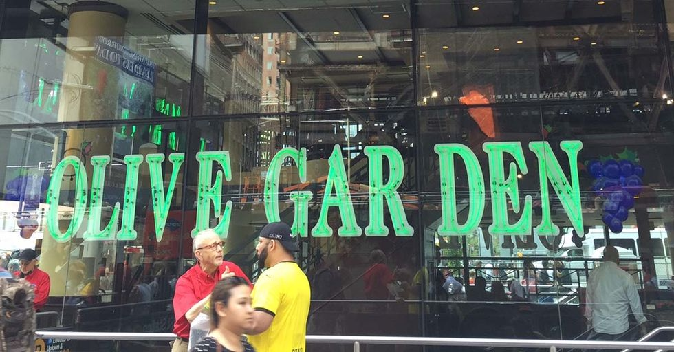 A Former Manager Reveals The Insane Operations Of The Times Square Olive Garden