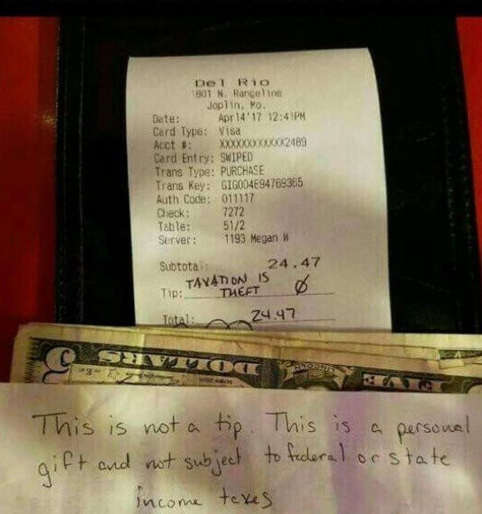 The 'Libertarian Tip' Is Changing How People Pay For Meals