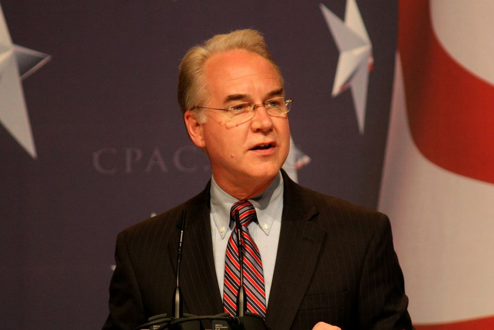 Veteran Journalist Arrested for Asking HHS Director Tom Price About Health Care