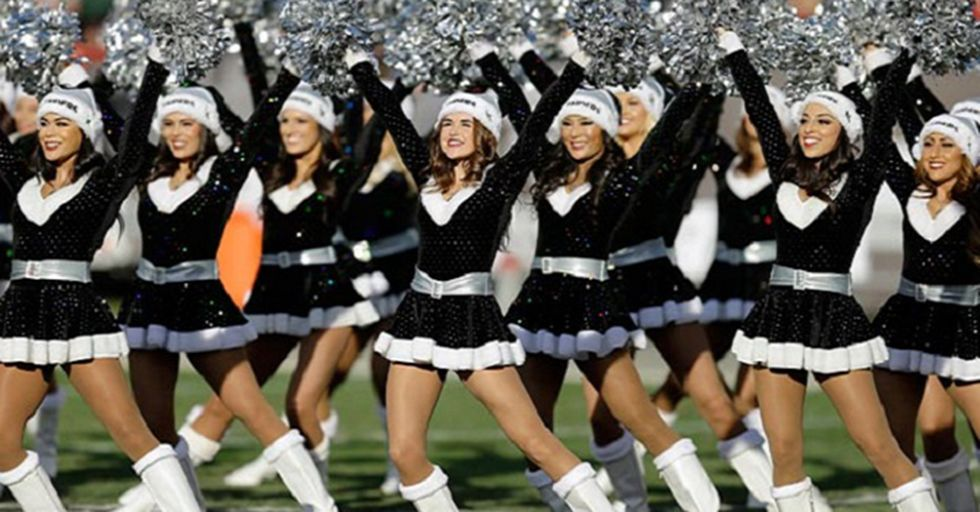 Oakland Raiders Agree To Pay Cheerleaders$1.25M In Response To Allegations Of Unfair Pay