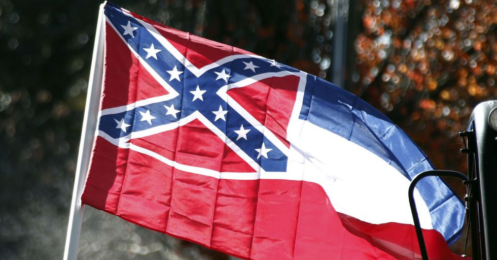 Confederate Flag Controversy Swirls At Mississippi Softball Playoff